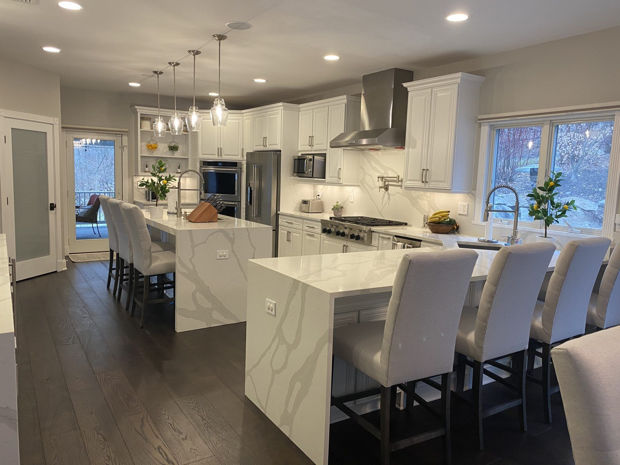Have You Seen This Gorgeous Kitchen Space In Ringwood Nj Yet We Are So Happy And Proud To Say In 2020 Kitchen Decor Modern Free Kitchen Design Kitchen Remodel Small