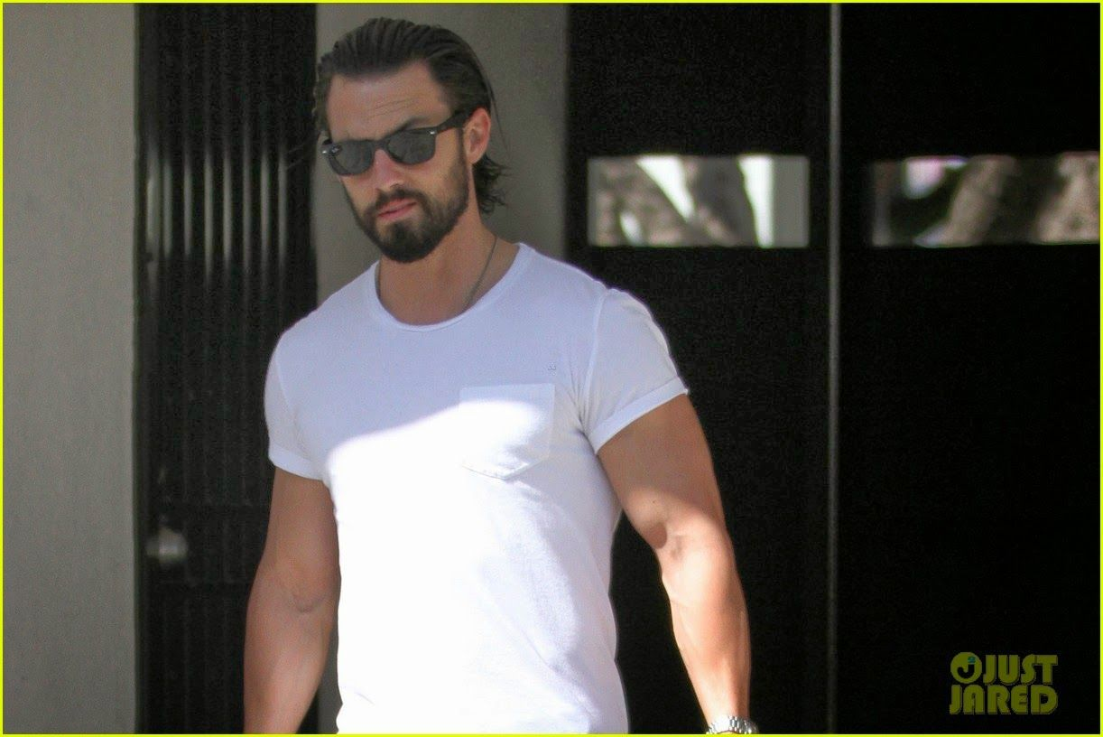 Milo Ventimiglia leaves his gym in Los Angeles