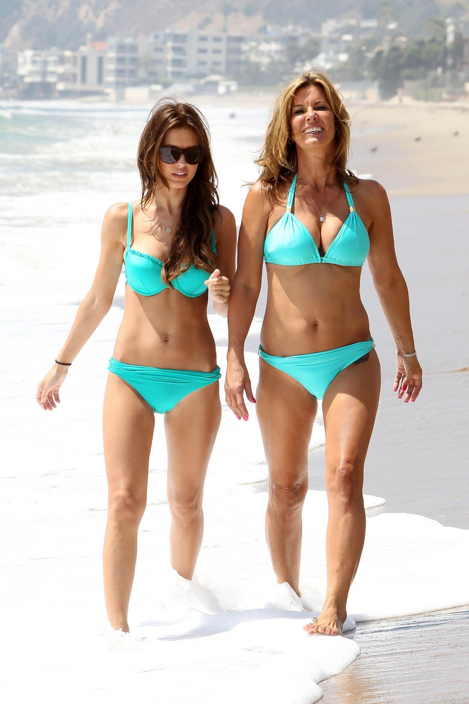 your-daughter-pics-in-bikini-mardi-gras-boobs-gallery