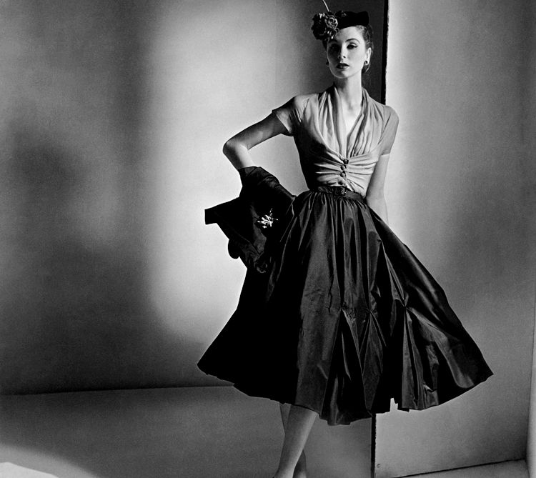 Suzy Parker in Christian Dior - 1952. Fashion In The 1950sClassic ...