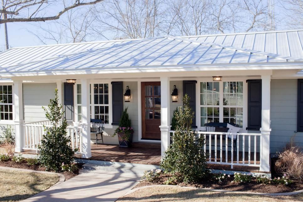 Fixer Upper The Carriage House At The Magnolia B B Hgtv S Fixer