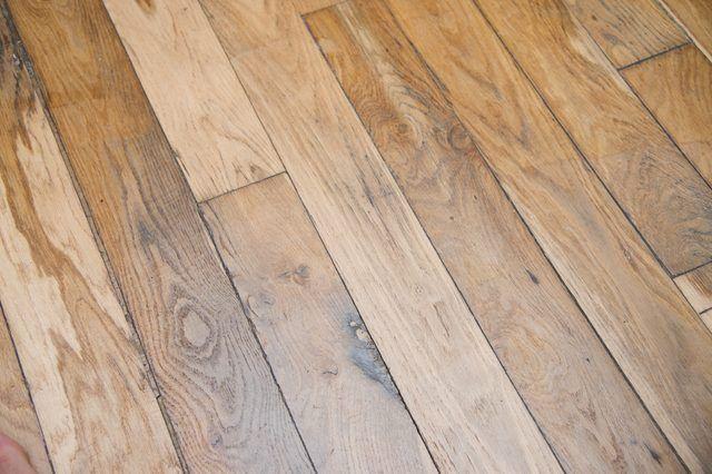 How To Remove Wax From Flooring Hunker Floor Wax Vinyl Wood Flooring Flooring