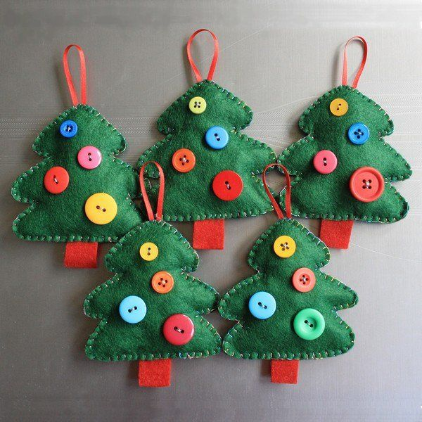 easy diy felt christmas ornaments christmas trees buttons red ...