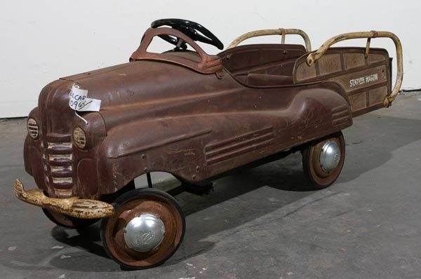 65: Murray 1948 Station wagon Pedal Car : Lot 65
