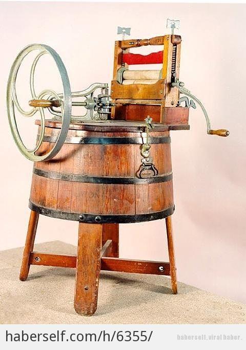 Çamaşır makinesi 1908'de Alva John Fisher tarafından icat edildi.