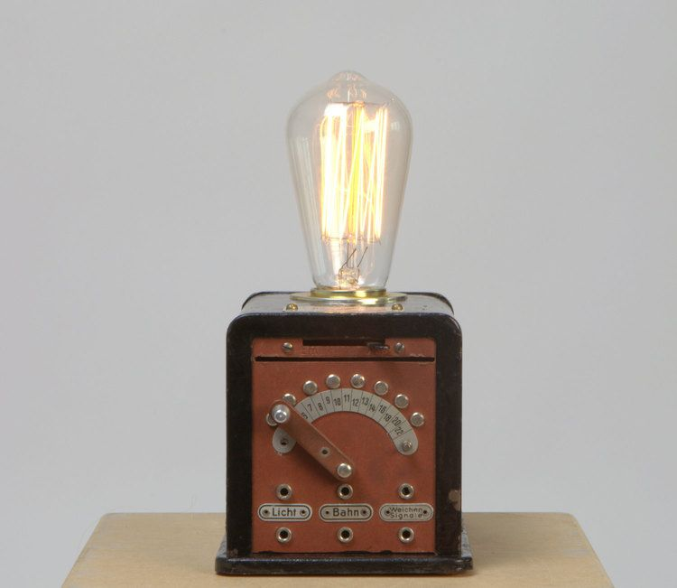 Pin Von Scotty Rammer Auf Cool Unique Industrial Vintage Design Upcycle Lamps Coole Tischlampen Lampe Tischlampen