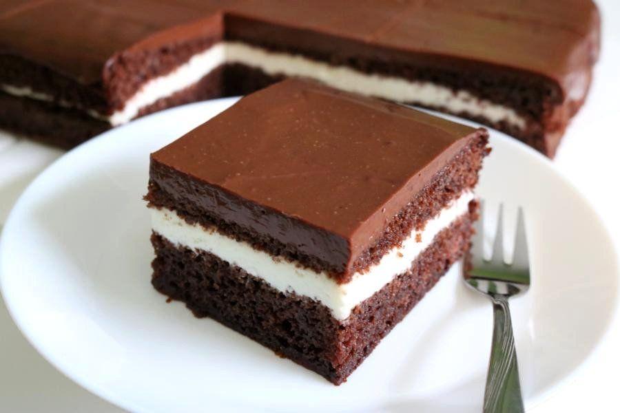 Kakao-Schnitten mit Cremefüllung