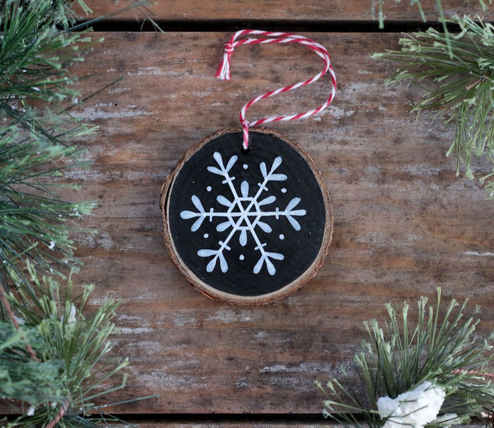 Wood Slice Ornament Snowflake Black White Rustic Christmas With Personalizatio Christmas Ornaments To Make Diy Christmas Ornaments Handmade Christmas Ornaments