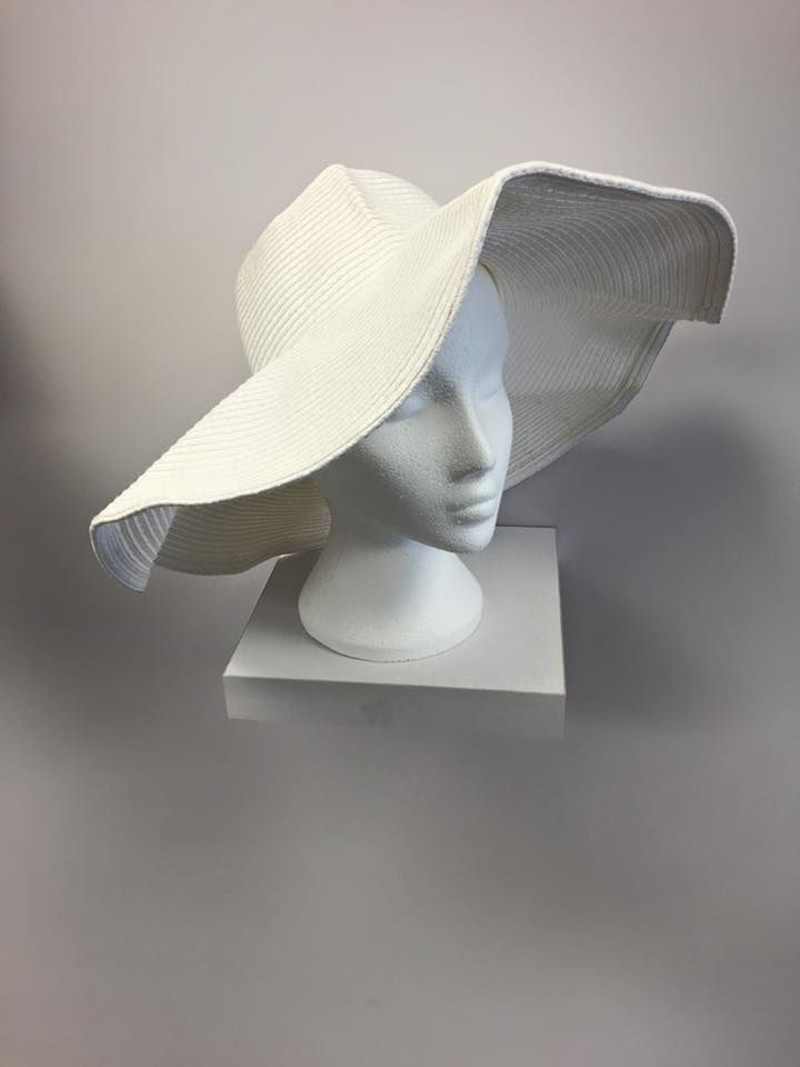 896906c537092 63 Absolutely Trendy Ladies Summer Hats to Let You Enjoy the Summer Sun -shine
