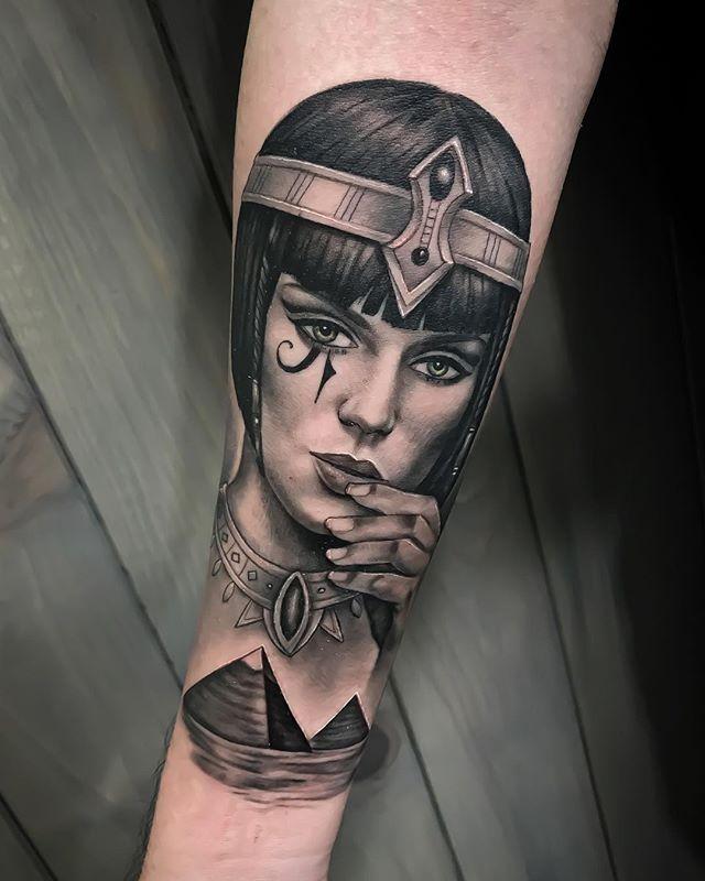 Cleopatratattoo Hashtag On Instagram Photos And Videos Egyptian Tattoo Egypt Tattoo Cleopatra Tattoo