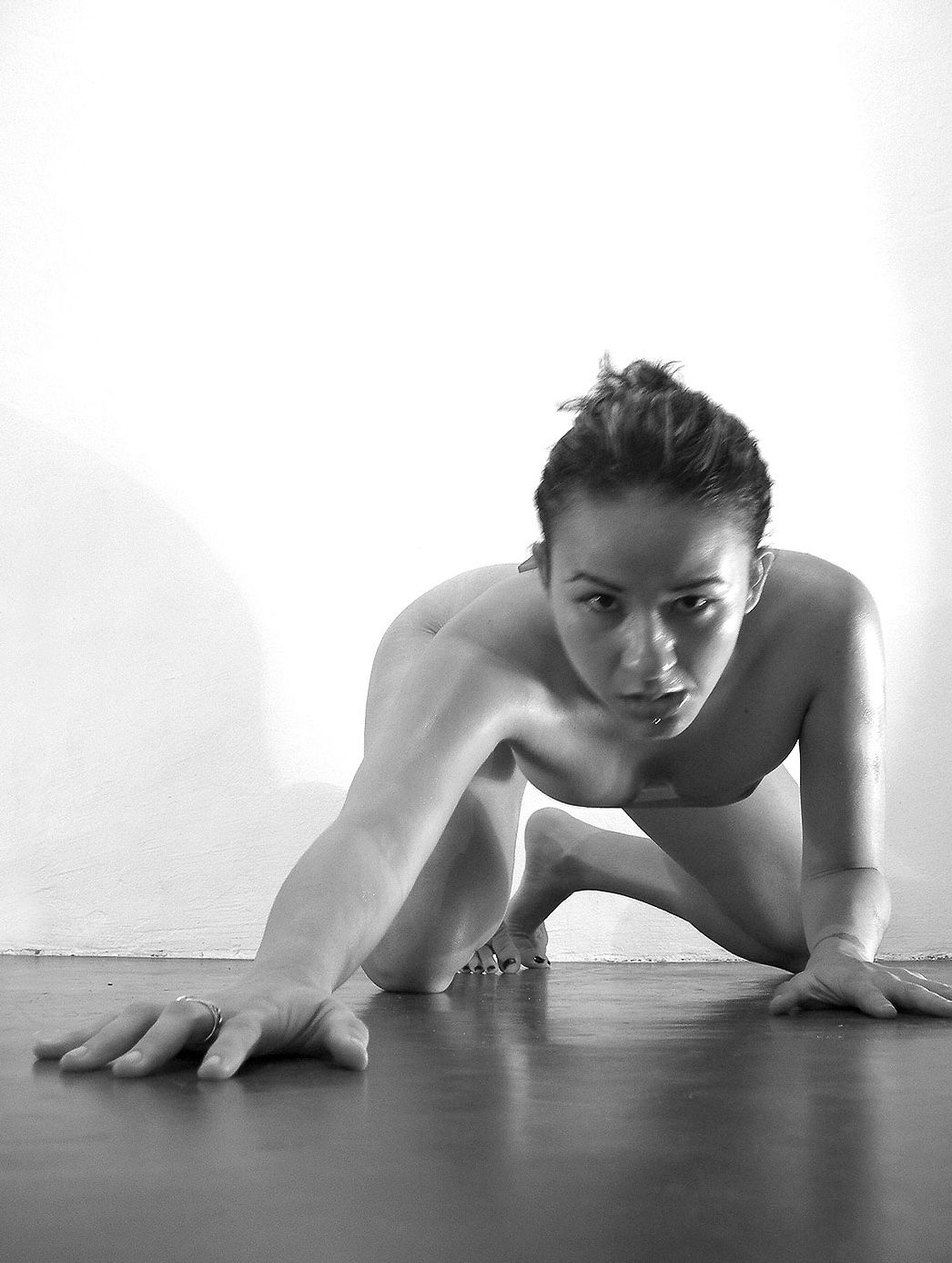 erotic-and-artistic-pictures-nude-australian-army-girl