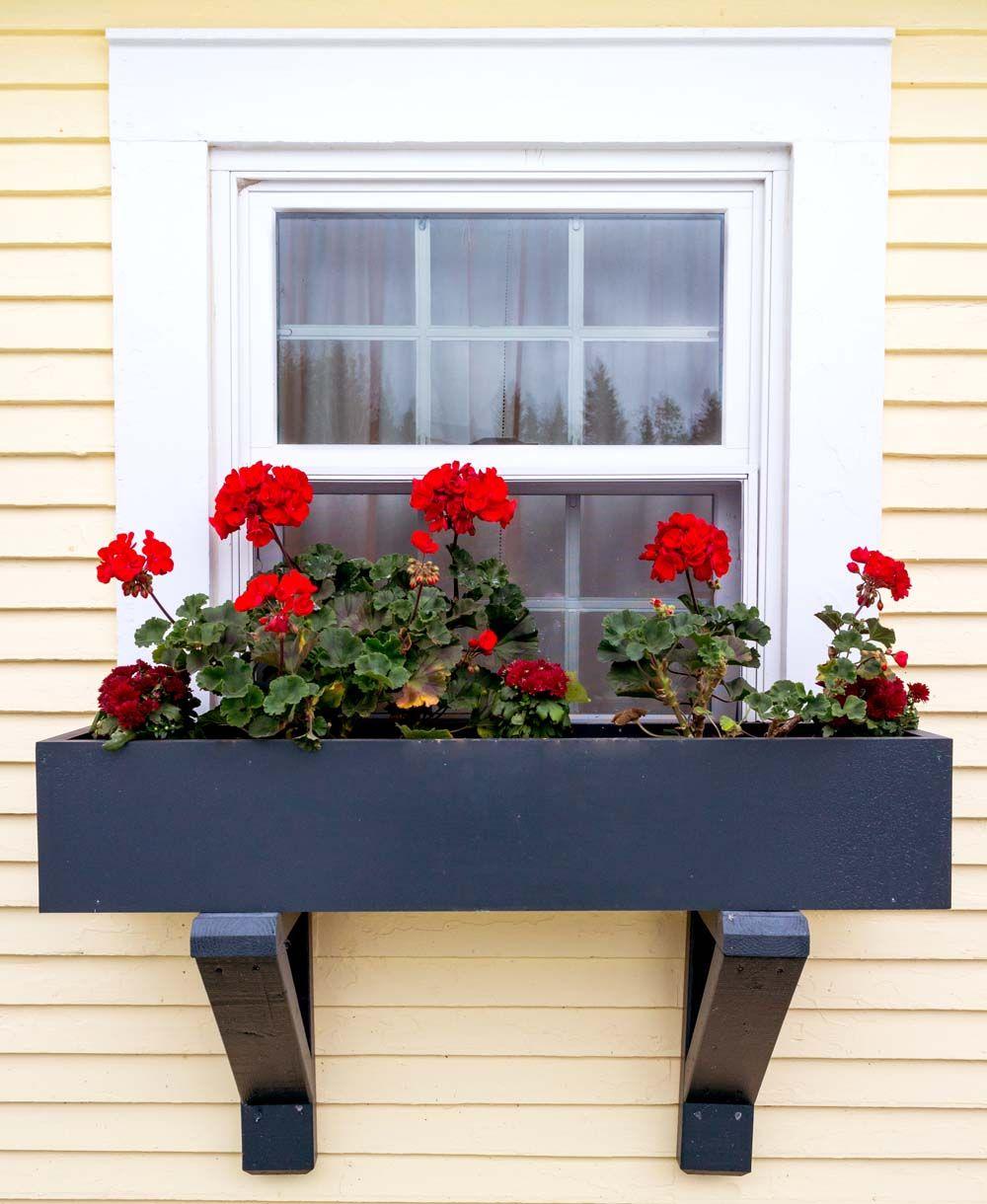 Diy how to install vinyl siding - Installing Window Boxes On Vinyl Siding Diy Window Box Plans For Installation Curbappeal