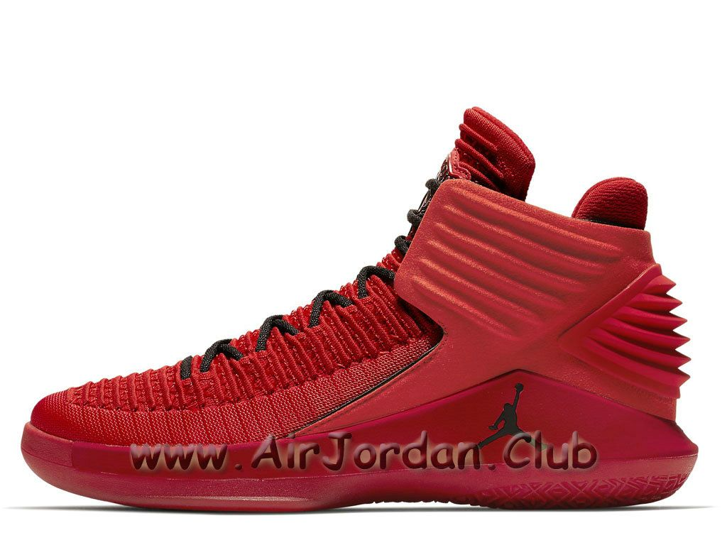 chaussure jordan rouge homme