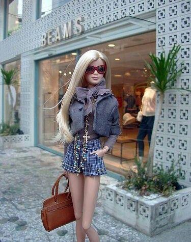 17 Veces en las que Barbie se tomó selfies más fashion que yo para Instagram #barbie