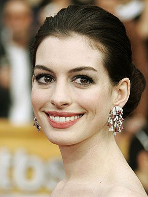 Anne Hathaway announcing Oscar nominations
