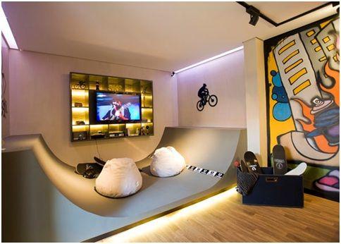 Skateboarding Bedrooms For Teenagers Skate And Graffiti Enthusiasts Skateboard Bedroom Skateboard Room Bedroom Design