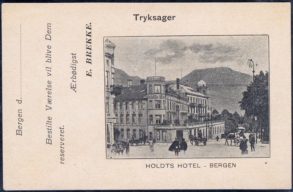 Hordaland fylke Bergen HOLDTS HOTEL, BERGEN. Fint reklamekort før 1916. Hotellet brant ned til grunnen i bybrannen i Bergen 1916 og ble aldri gjenoppbygd