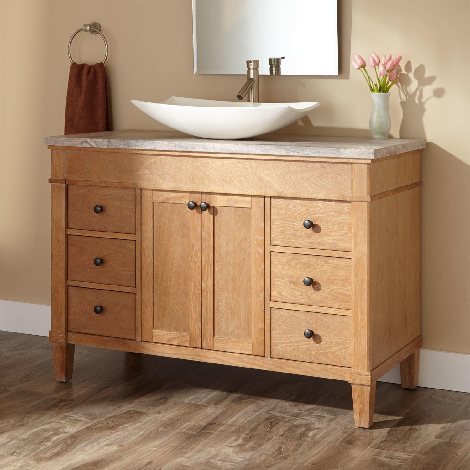 Decorating Bathroom Vanities