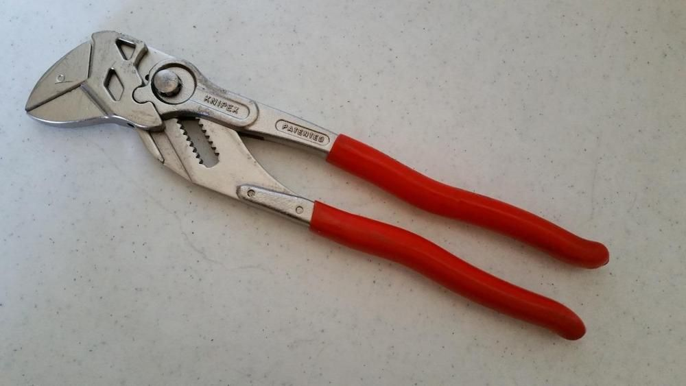 30 95 Knipex Smooth Jaw Adjustable 10 Locking Adjustable Pliers 86 03 250 Germany Knipex Auction Finds Online Auctions Pliers
