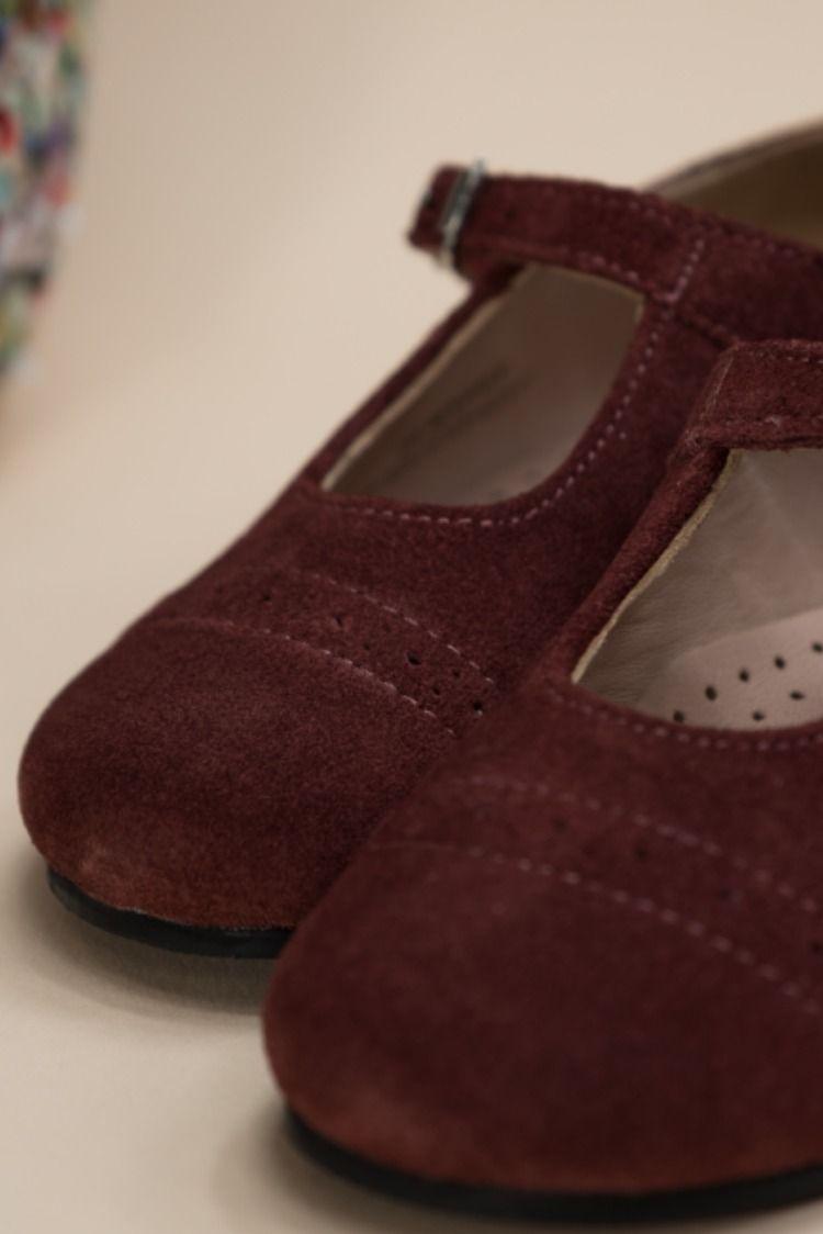 buy popular 24c76 43e9d Adorables chaussures pour fille Oncle Edouard, en nubuck bordeaux. Le site  réouvre bientot avec