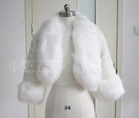 women s faux fur Neck coat Fake Fur Jacket Ivory fur by VEIL9   C ... 0a3dc7b6a04