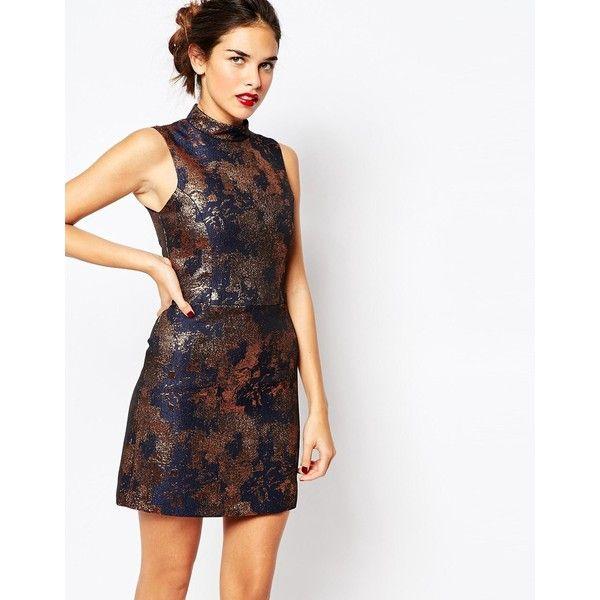Warehouse Metallic Print Shift Dress (4,105 INR) ❤ liked on Polyvore featuring dresses, multi, slimming dresses, white dress, shift dress, jacquard dress and pattern dress