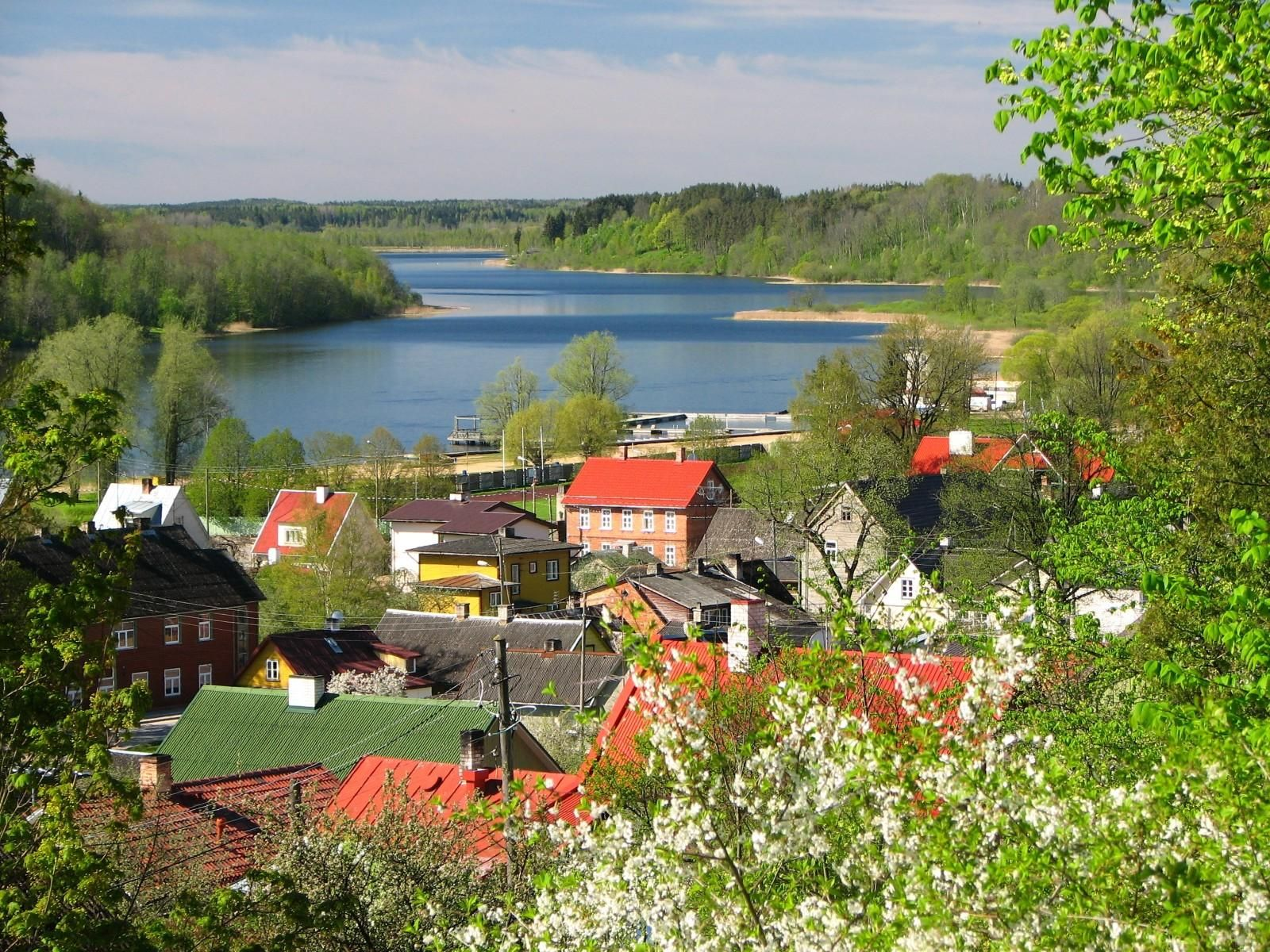 want to have some drinks in viljandi