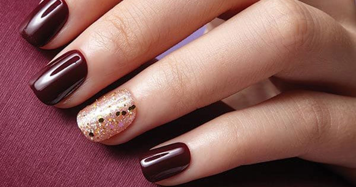 Match Your Christmas Jumper To Your Nails With These Cute Press On