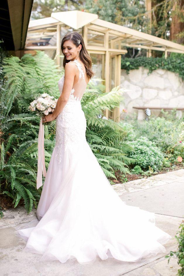 Des Chris Wedding Ceremony At Wayfarer S Chapel Desiree Hartsock Bridal White Lace Wedding Dress Bridal Gowns Wedding Dresses