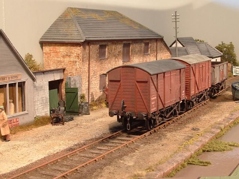 New Osney And Other 0 Gauge Micro Cameo Layouts Layout Topics Rmweb Model Trains Model Train Scenery Model Railway