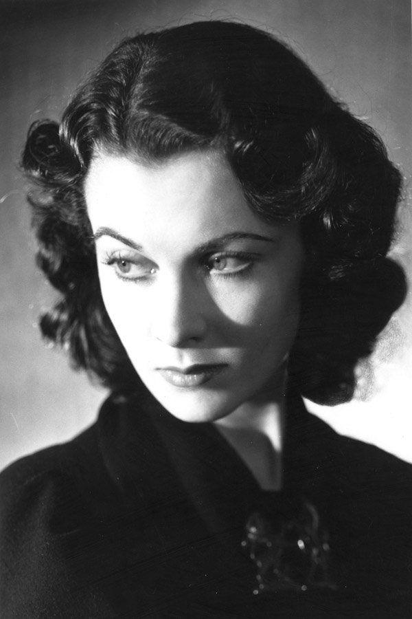 Marlene Dietrich auf Rang 16