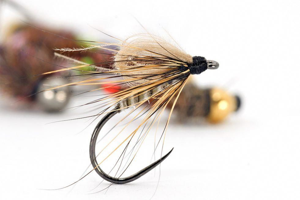 Tying flies & fly tying materials a website with tips