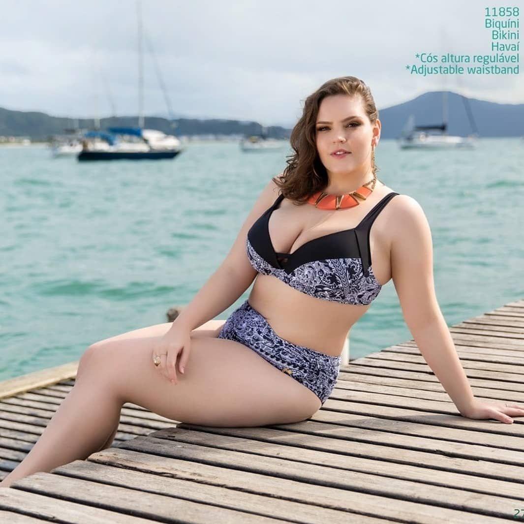 Joyce Oliveira Nude Photos 11