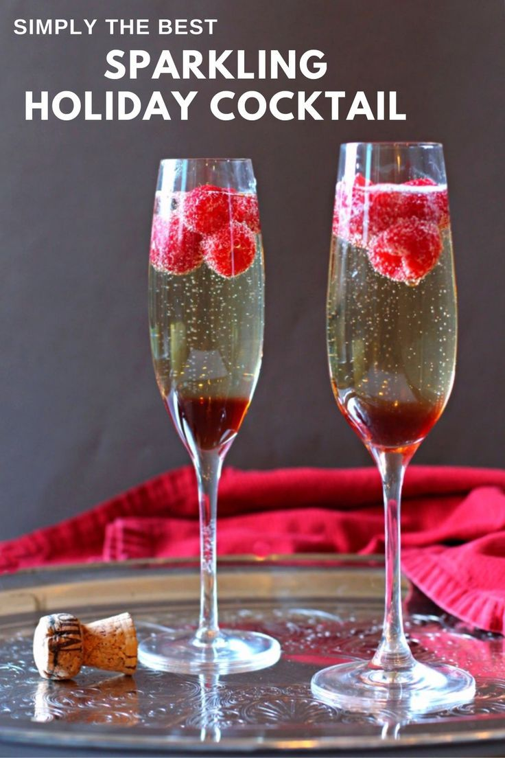 Prosecco Cocktail Made With Chambord Raspberry Liqueur And Fresh Raspberries Recipe In 2020 Raspberry Liqueur Prosecco Cocktails Cocktail Making