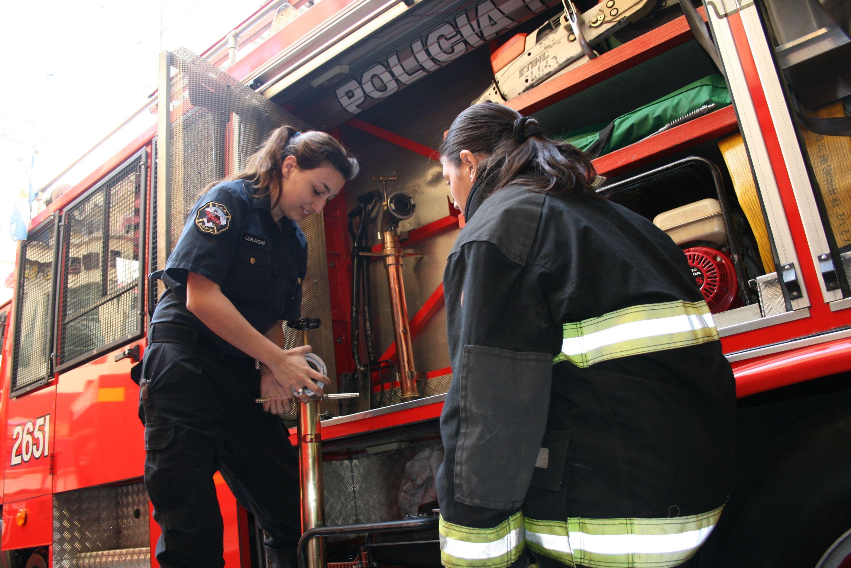 Bomberos De La Polcia Federal Argentina Firefighter Female