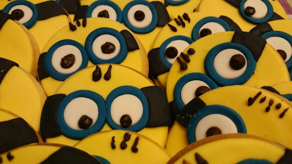 Minions para celebrar el cumple de Pau | Mis Fotos | Pinterest