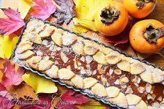 Autunno tempo di cachi! Ecco quindi una dolcissima crostata di cachi realizzata con cachi freschi. Leggi la ricetta della crostata di cachi.