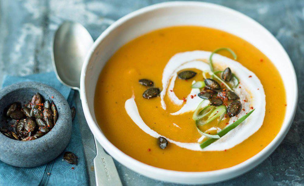 Rezept für den Herbst: Kürbissuppe mit Apfel #rezepteherbst