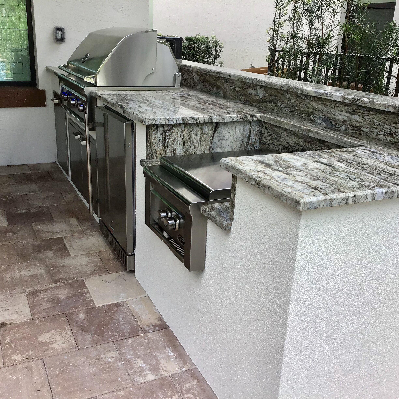 Outdoor Kitchen Jupiter In 2020 Outdoor Kitchen Outdoor Appliances Summer Kitchen
