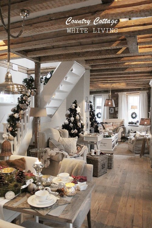 white living country cottage wohnen pinterest inredning vardagsrum och dr mhem. Black Bedroom Furniture Sets. Home Design Ideas