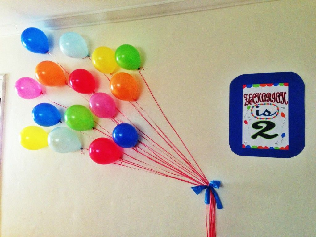 Super cute wall decoration mickey mouse birthday boy for Balloon decoration for birthday boy