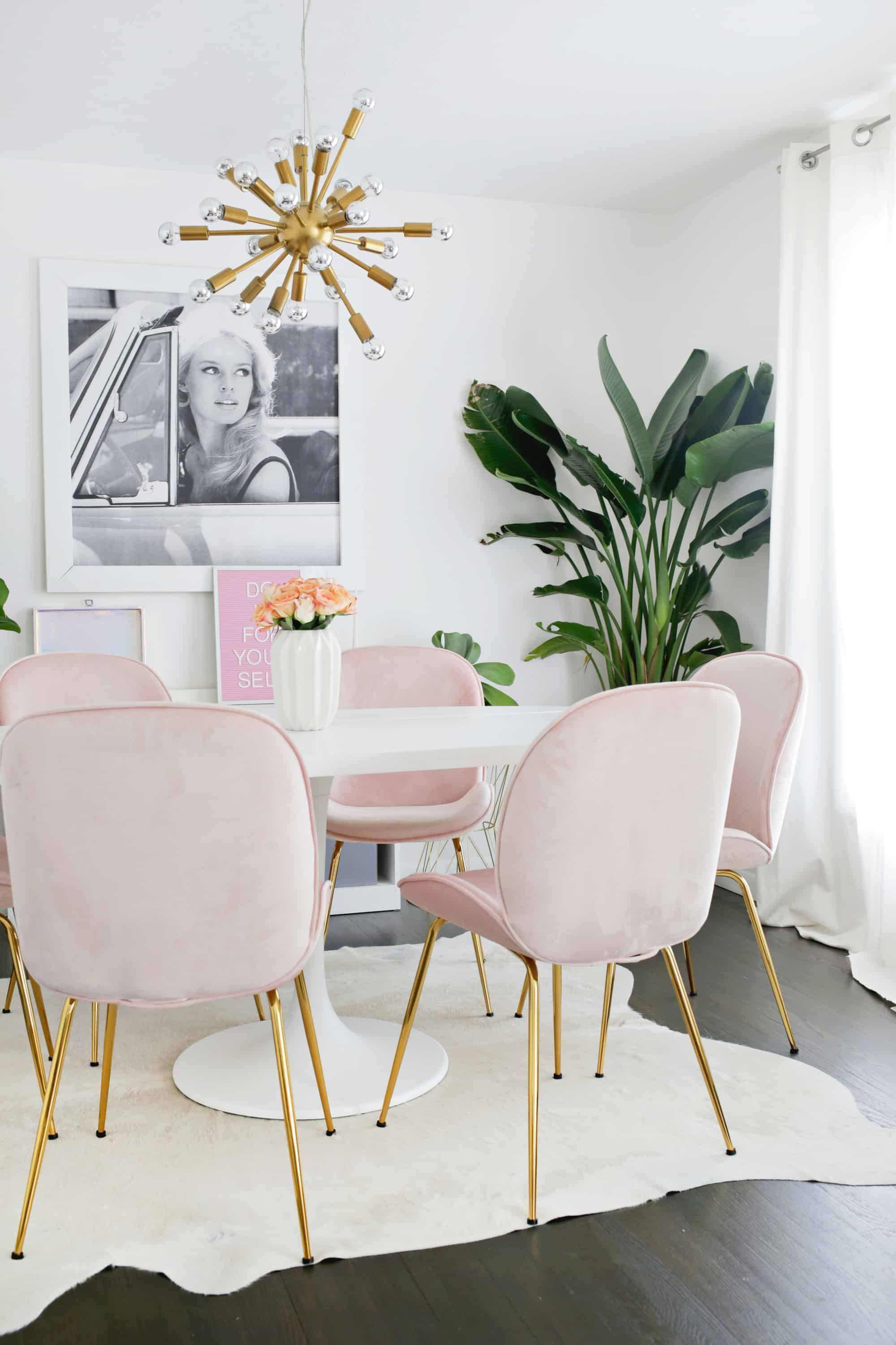 30 Wonderful Showcase Design Ideas For Dining Room In 2020