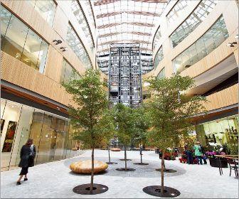 Franc d 39 ambrosio designs atrium in office building in for Where to buy atrium windows