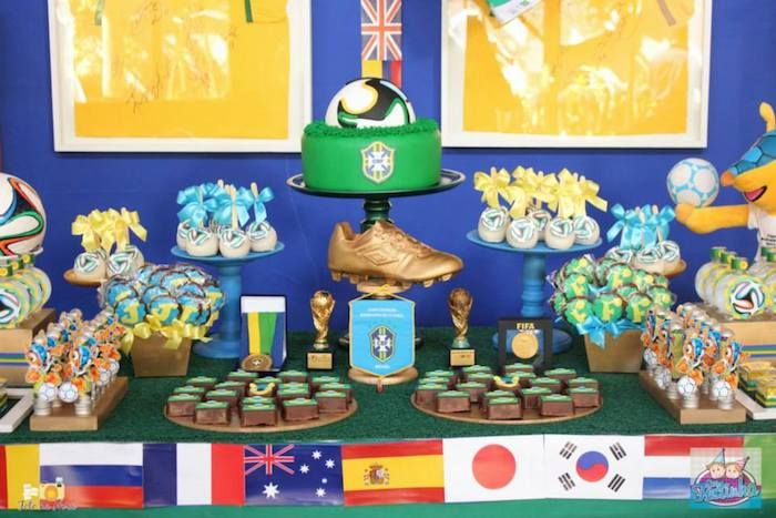 Pleasant World Cup Soccer Themed Dessert Table Soccer Party Home Interior And Landscaping Pimpapssignezvosmurscom
