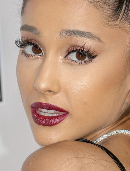 ariana grande ariana grande amas american music awards red carpet makeup celeb celebrity celebritycloseup
