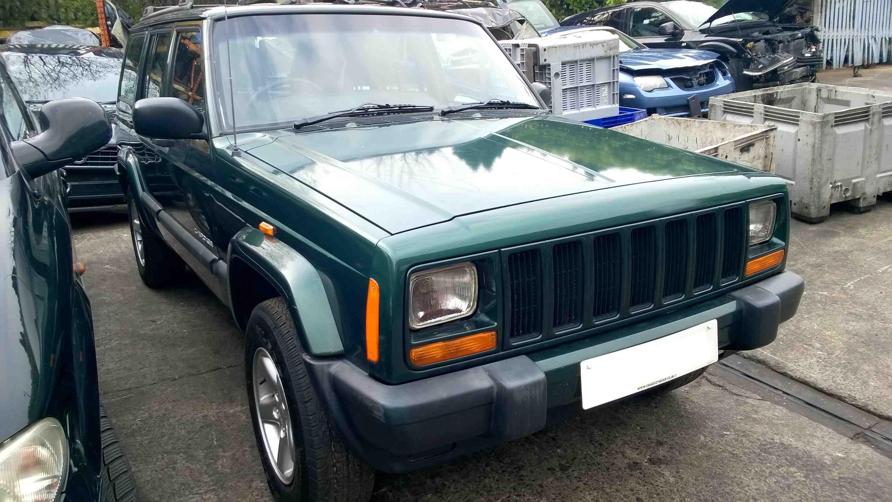 Jeep Cherokee 2.5L Diesel 5-speed manual 2000. from ACD Chrysler breakers.