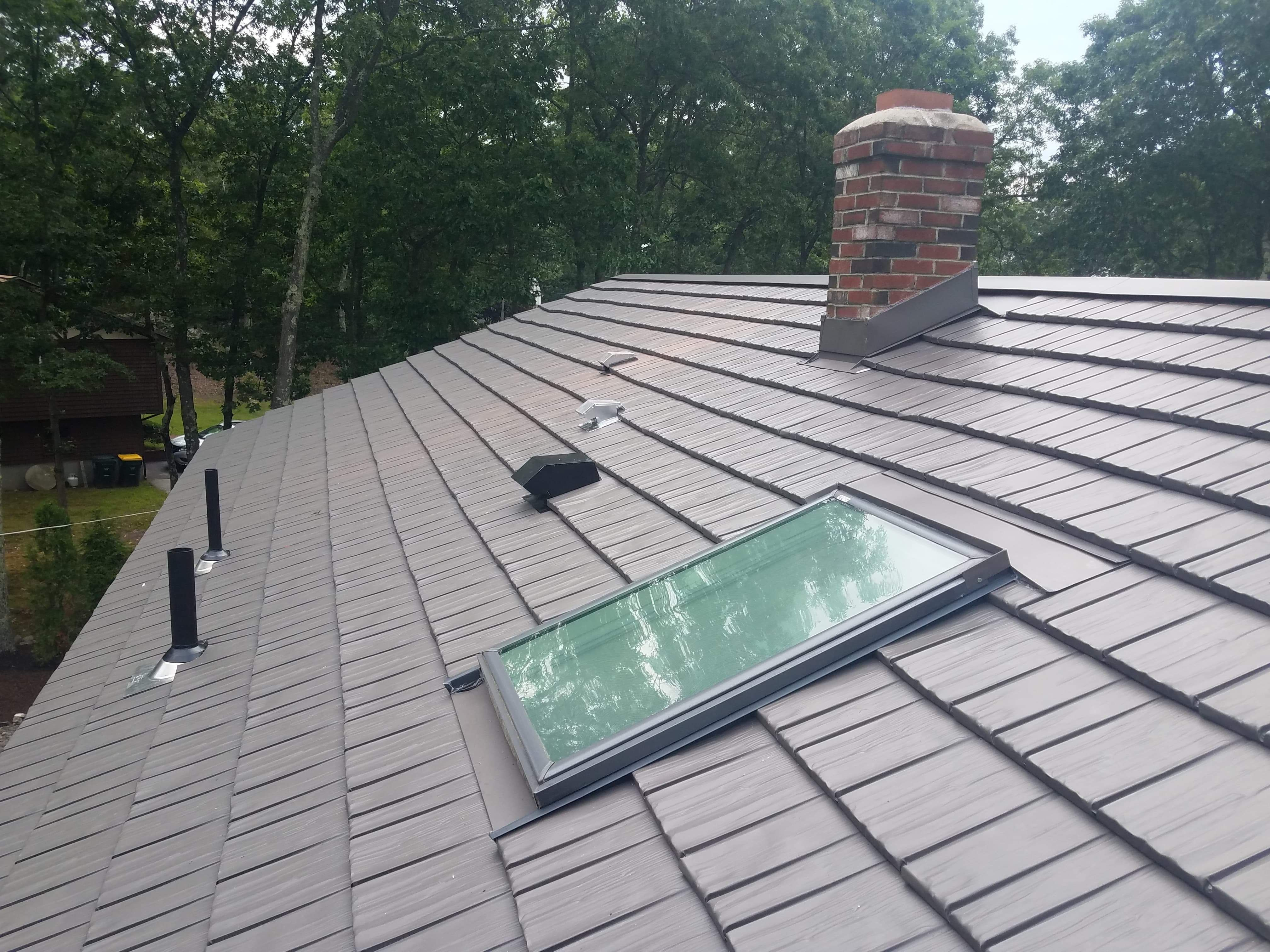 Pin On Metal Roofs Being Installed