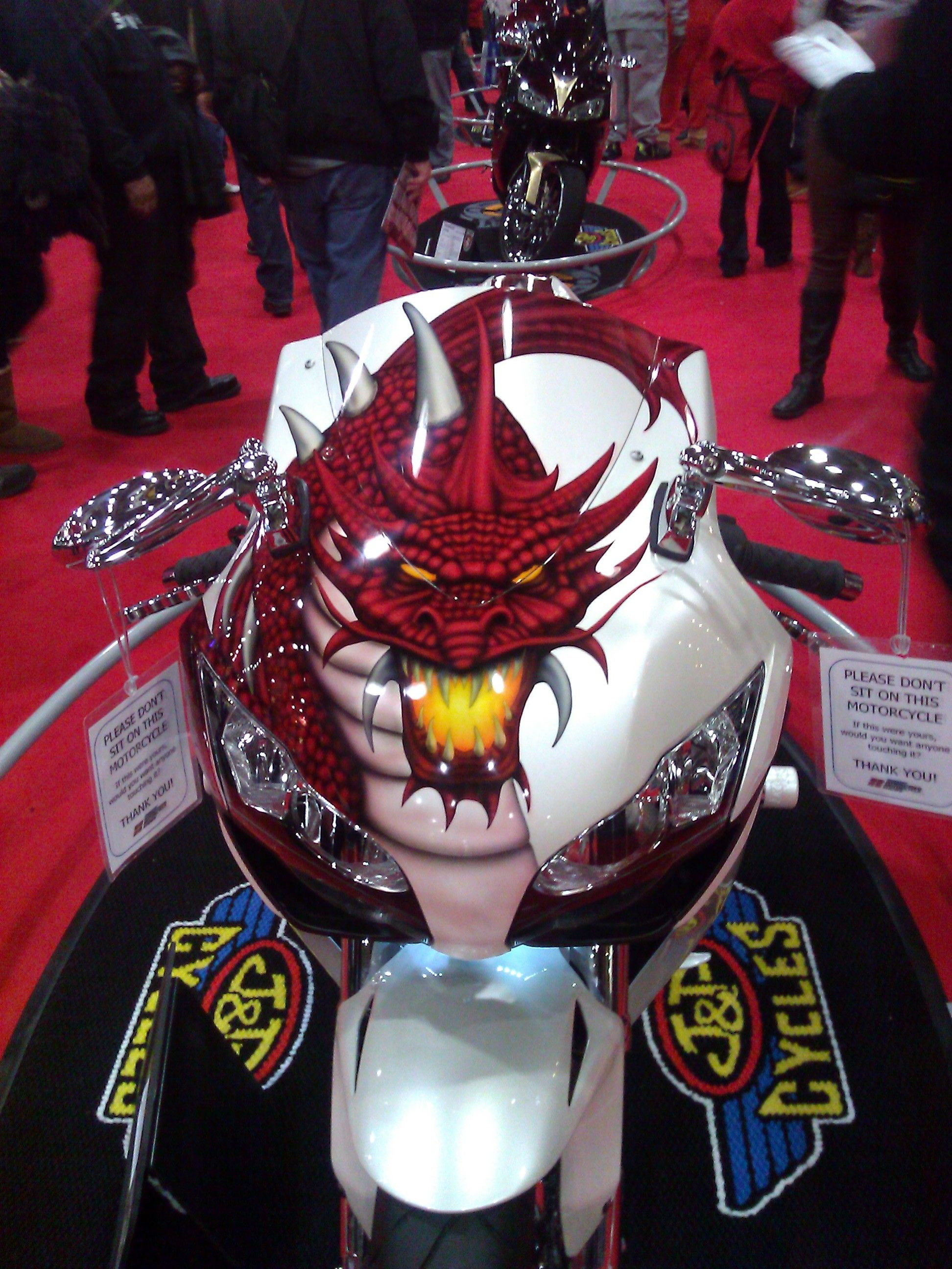 Dragon Themed Custom Design Streetbike Nymotorcycleshows Bikes