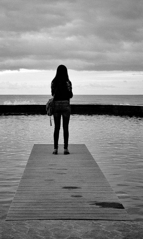 Sad Girl Images Sad Girls Crying Sitting Alone Wallpapers | wallpapers | Alone girl, Alone girl ...