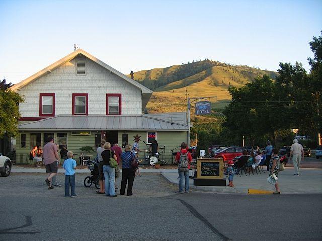 Riverwalk Inn And Cafe Lake Chelan Washington Washington Hotel